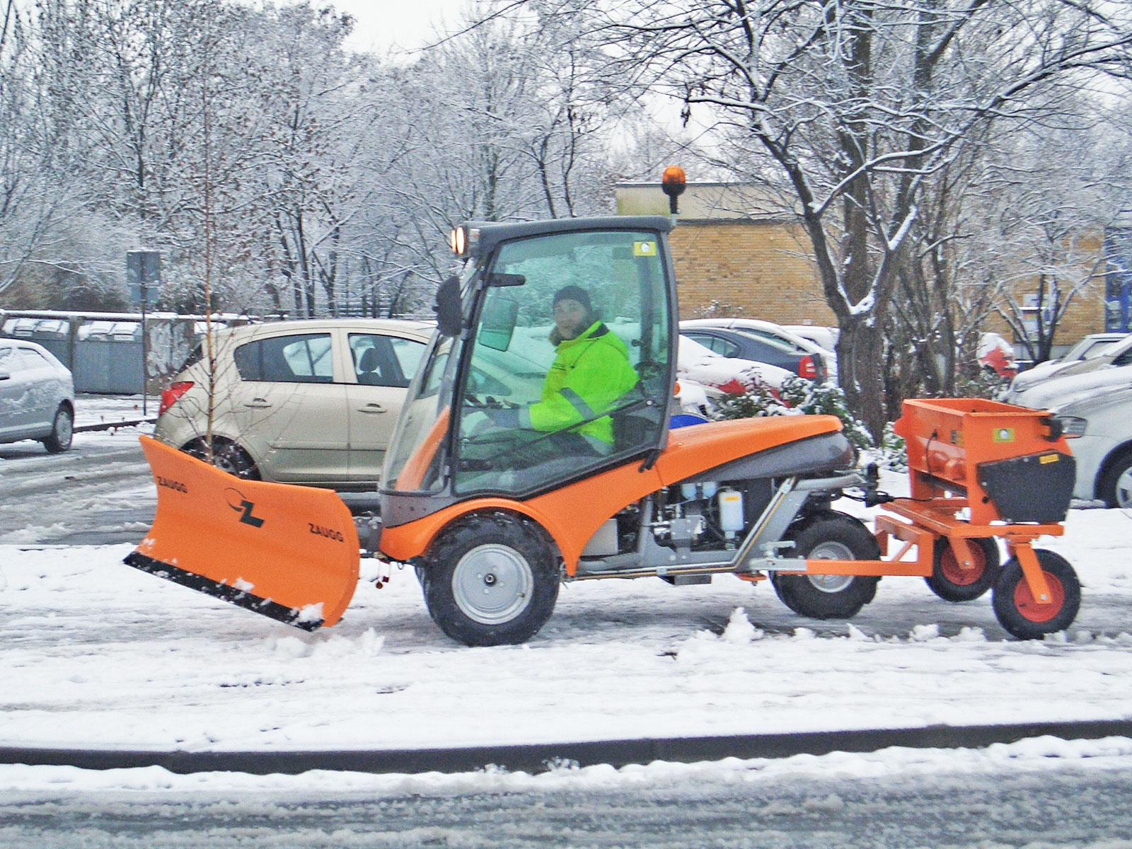 Winterdienst  Leistungen - Winterdienst | Reculta Garten- und Landschaftsbau GmbH